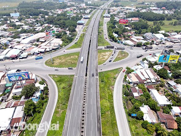 Dự án Mở rộng đường cao tốc TP.HCM - Long Thành - Dầu Giây: Tính phương án vốn